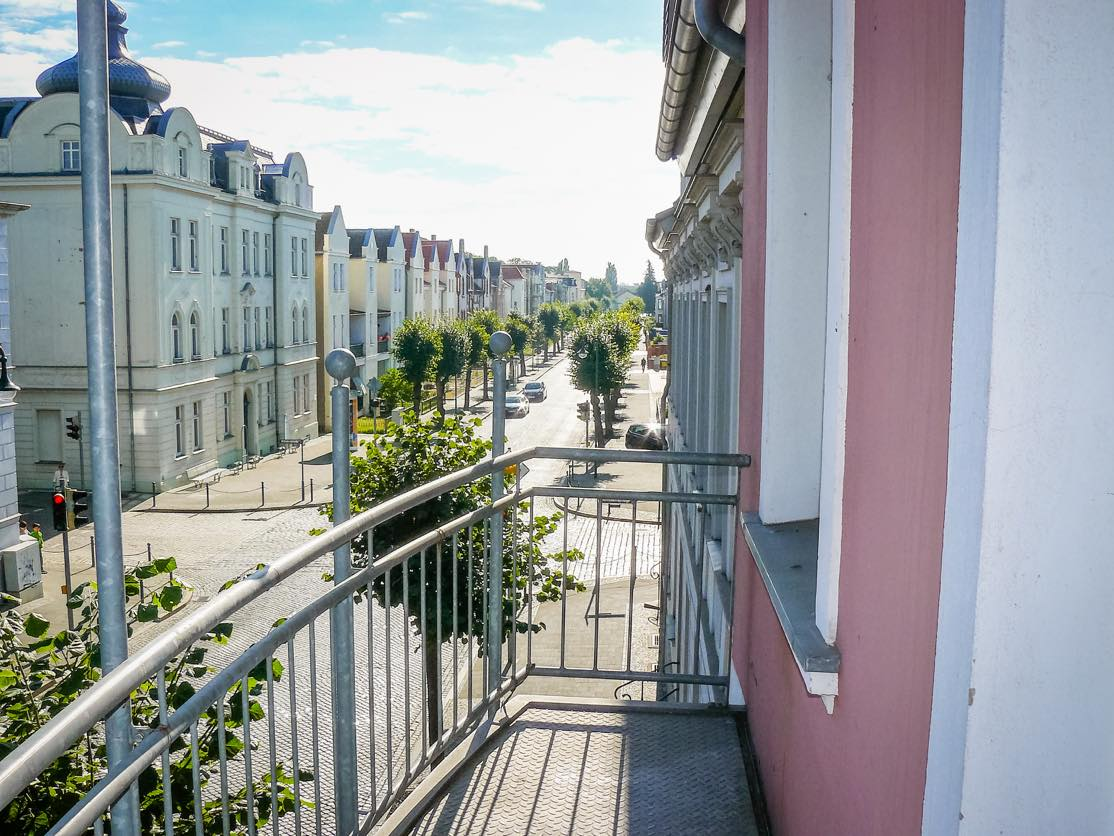 3-zimmer-wohnung-augustastrasse-balkon » Neuwo