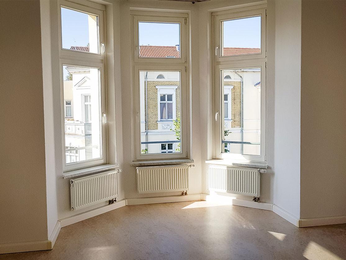 3-zimmer-wohnung-augustastrasse-wohnunzimmer » Neuwo