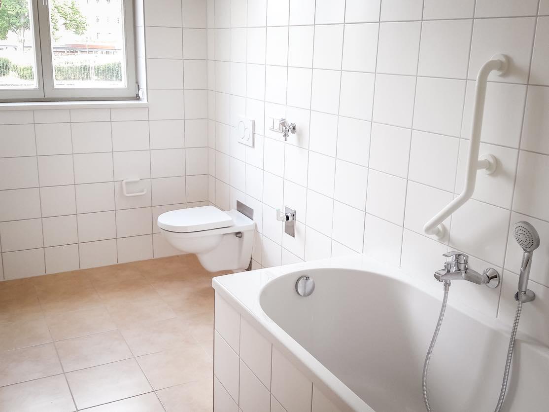 4-zimmer-semmelweisstrasse-bad-untergeschoss » Neuwo